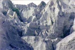Mount Pinatubo, copyright Jo Castro