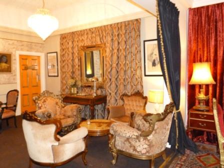 London Hotel, Albany, WA by Jo Castro
