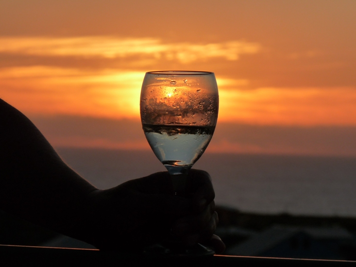 unique Christmas gifts, pic of sunset and wine glass