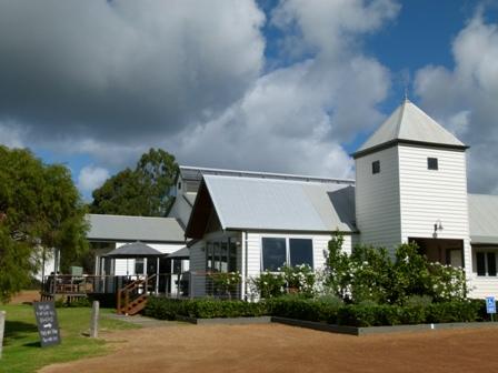 Travel around Western Australia by Jo Castro, Hayshed Hill Winery