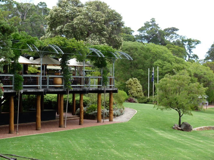 Margaret River Wineries with a Difference by Jo Castro