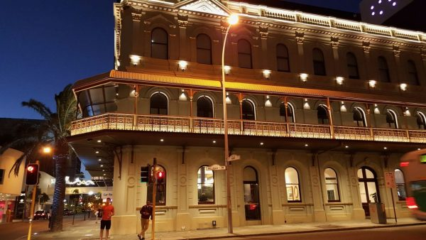 Where to Stay in Perth - The Melbourne Hotel - at night
