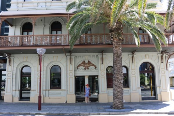 Where to Stay in Perth - The Melbourne Hotel - Exterior
